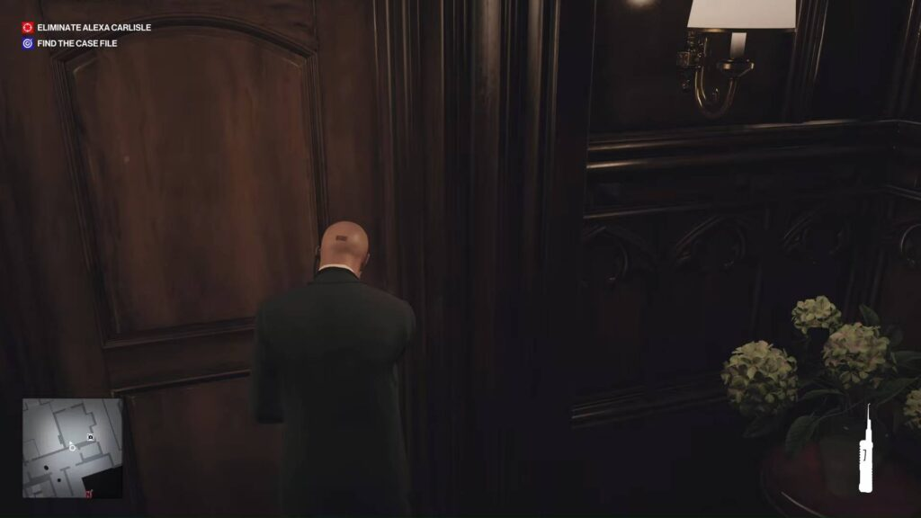 What is Hitman 3 Mysterious Switch Main Door